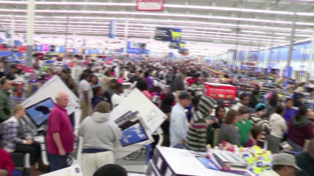 131126155517-n-black-friday-thanksgiving-walmart-00001124-620x348