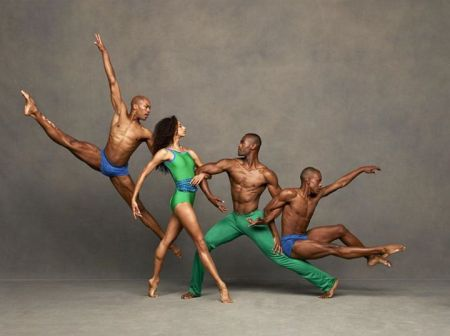 http://columbiaspectator.com/arts-and-entertainment/2014/10/09/alvin-ailey-dancer-alicia-graf-mack-gs-03-discusses-dance-alma